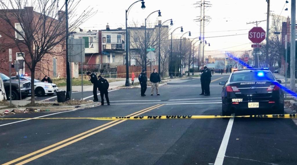 Resultan 12 baleados y 5 muertos en distintos tiroteos en Baltimore