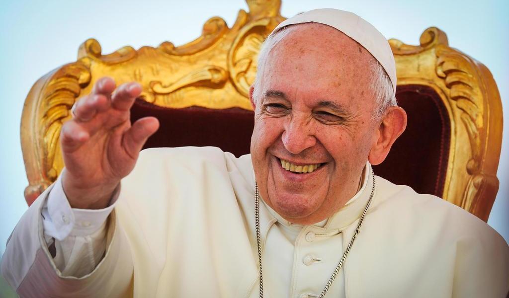 Papa nombra a una mujer para una subsecretaría de la Secretaría de Estado