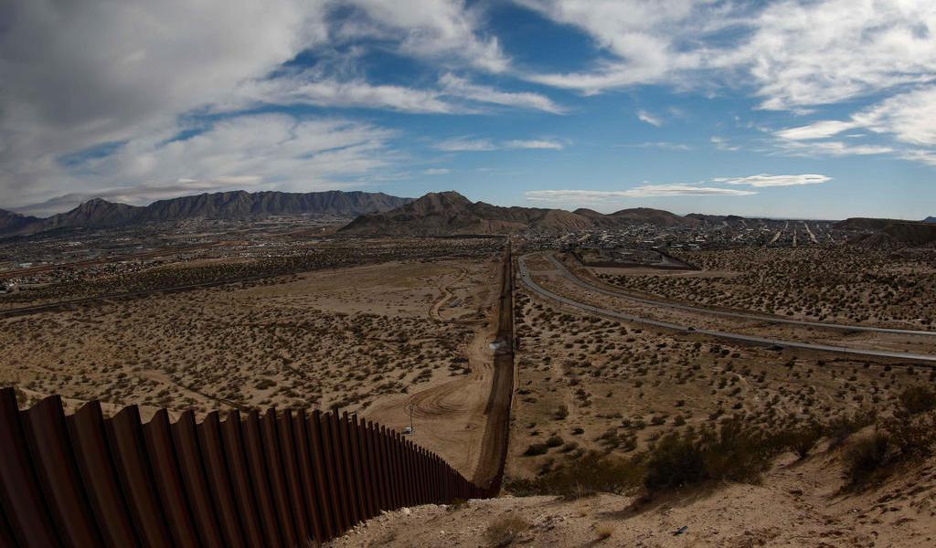 Considera Pentágono otorgar recursos adicionales para el muro fronterizo
