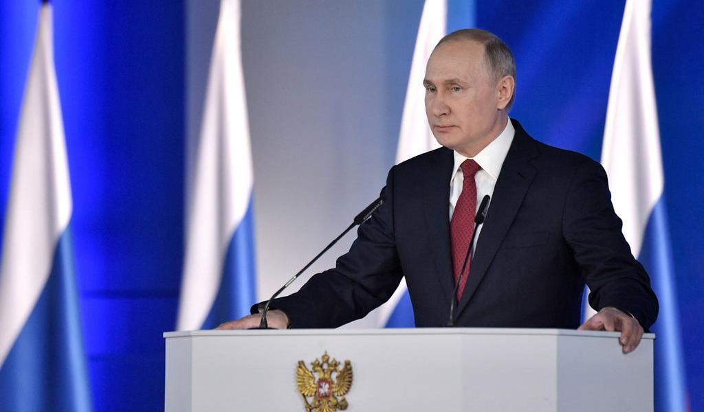 Podría Putin mantener el poder igual que Stalin: especialista