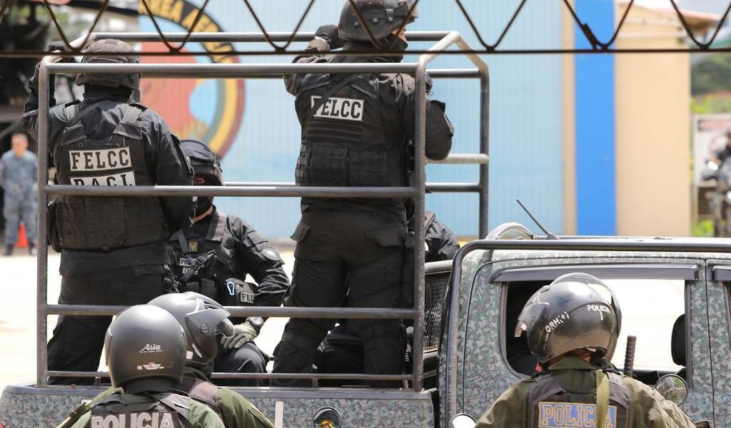 Policías y militares refuerzan seguridad en Bolivia