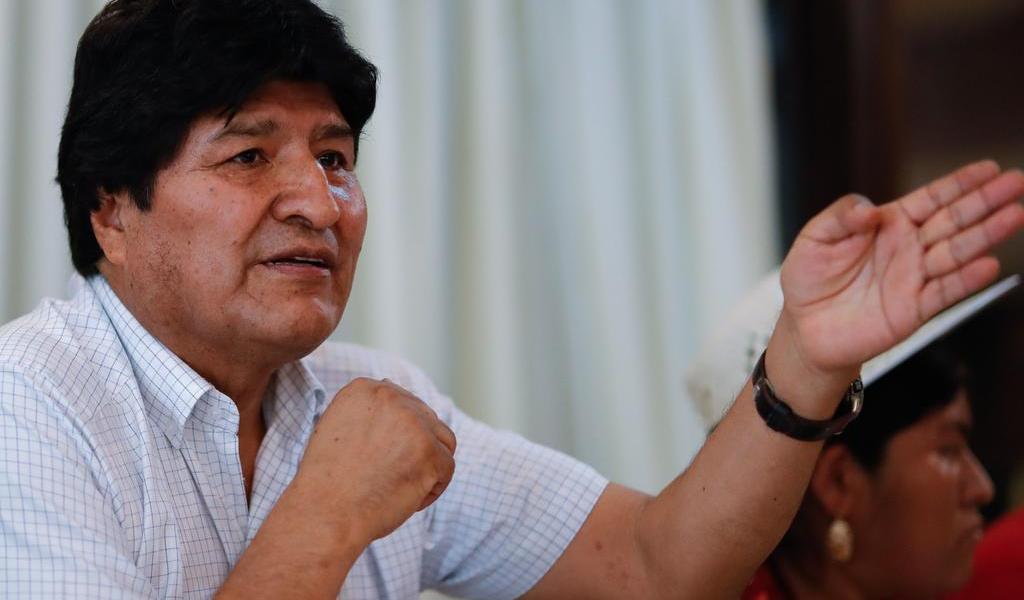 Celebra Evo Morales reunión para designar a candidatos a gobierno boliviano