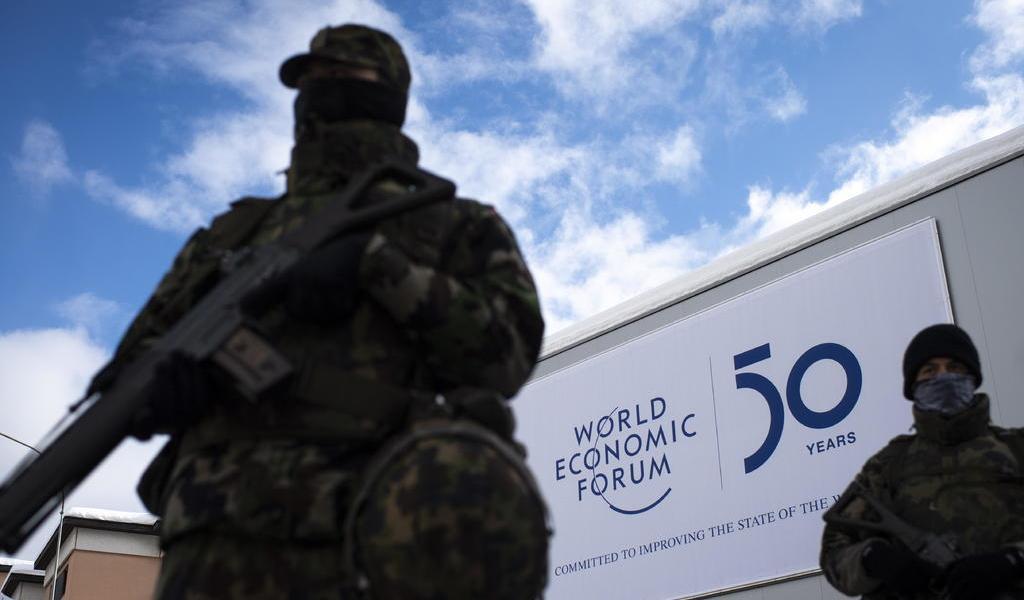 Ante protestas, refuerzan medidas de seguridad del Foro Mundial de Davos