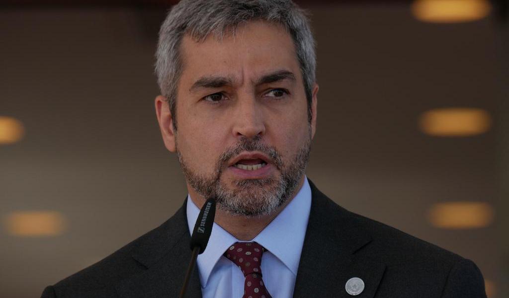 Diagnostican al presidente de Paraguay con dengue