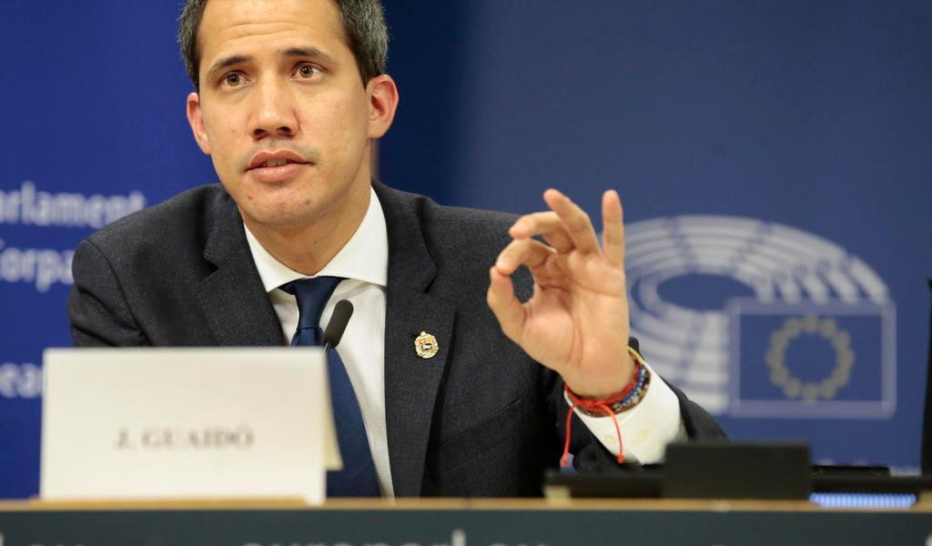 Niegan operativo contra el opositor Juan Guaidó