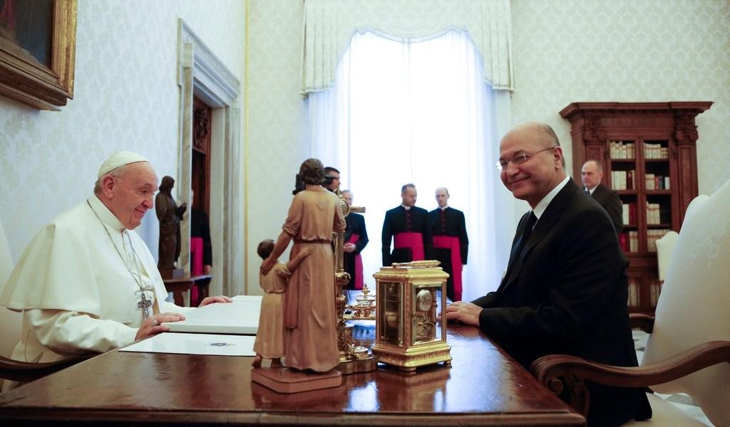 Papa y presidente iraquí abordan Oriente Medio