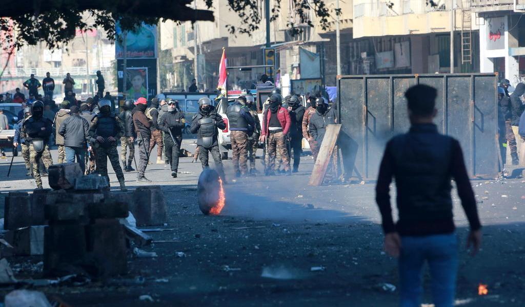 Continúan protestas en Irak; mueren doce manifestantes