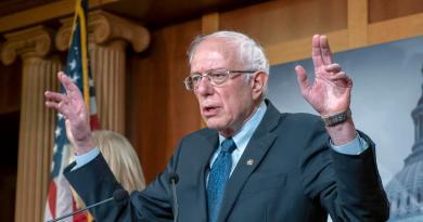 Sanders, a la cabeza de las encuestas