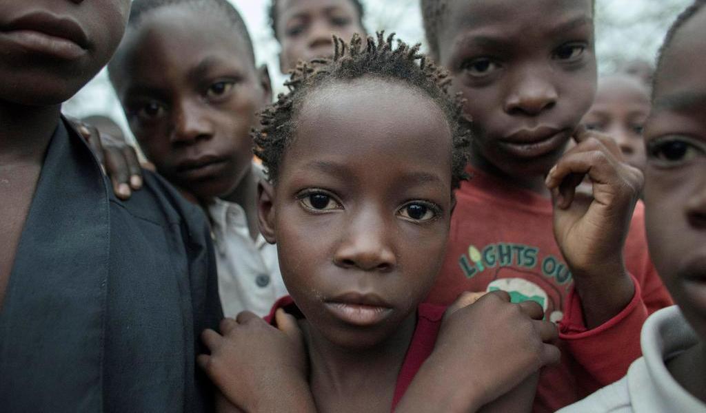Denuncia HRW violación de derechos de menores de edad en Ruanda