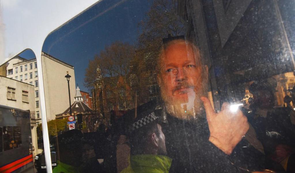 Assange podría ir a país con pena de muerte