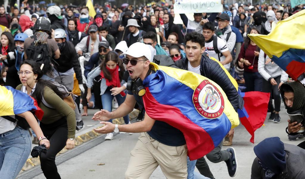 Convocan a un paro nacional en Colombia