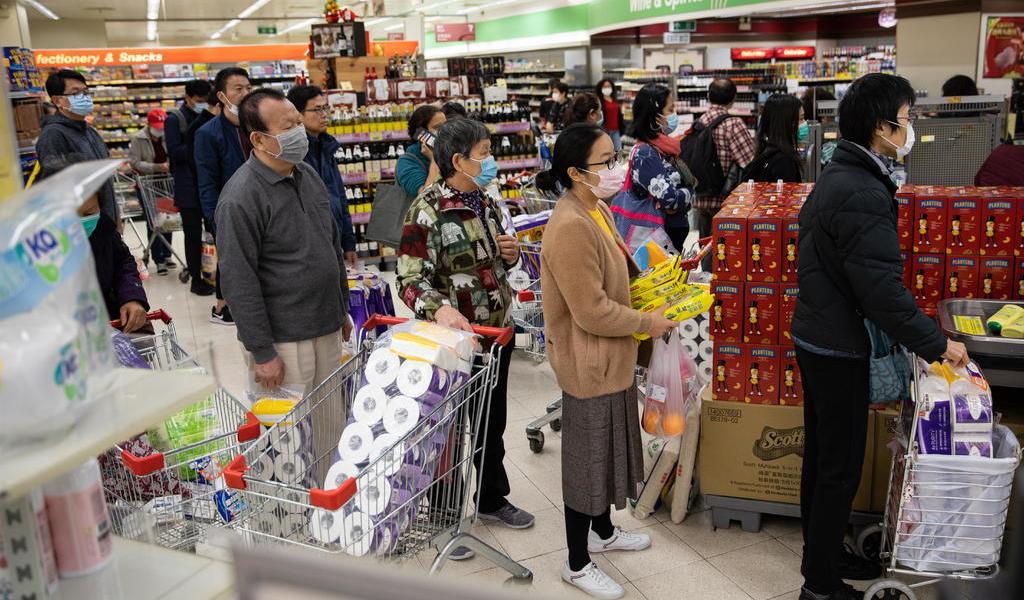 Viven compras de pánico en HK