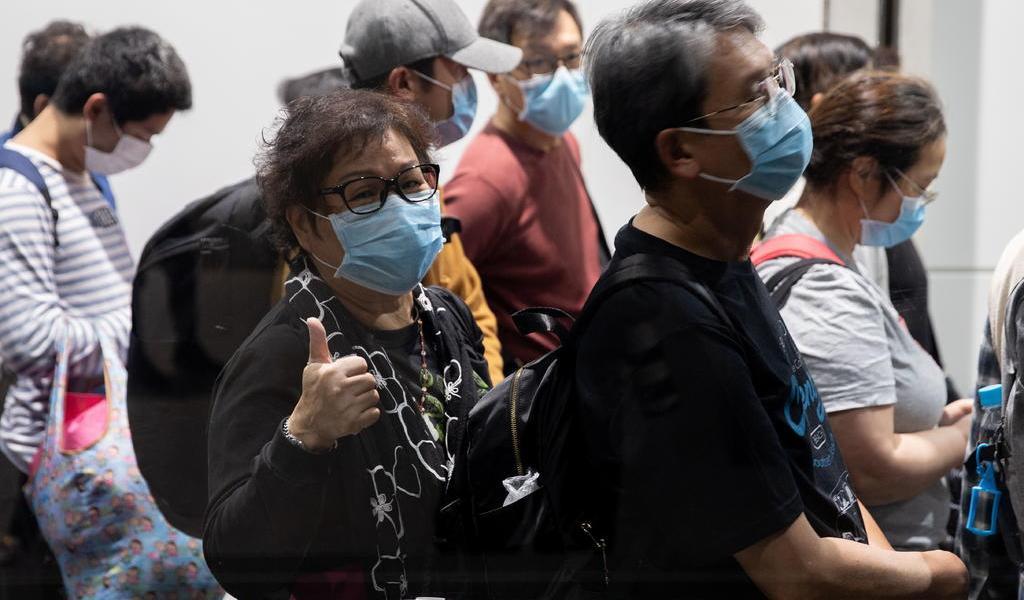 Permite Hong Kong desembarco de crucero en cuarentena por coronavirus