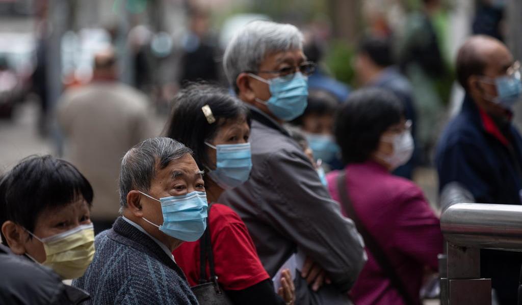 Buscan en Hong Kong a dos personas que huyeron de cuarentena forzosa por coronavirus