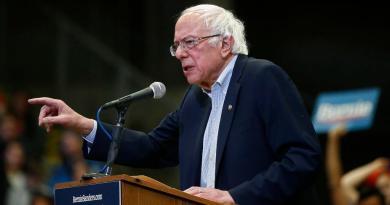 Defiende Trump a Sanders como favorito en la campaña demócrata