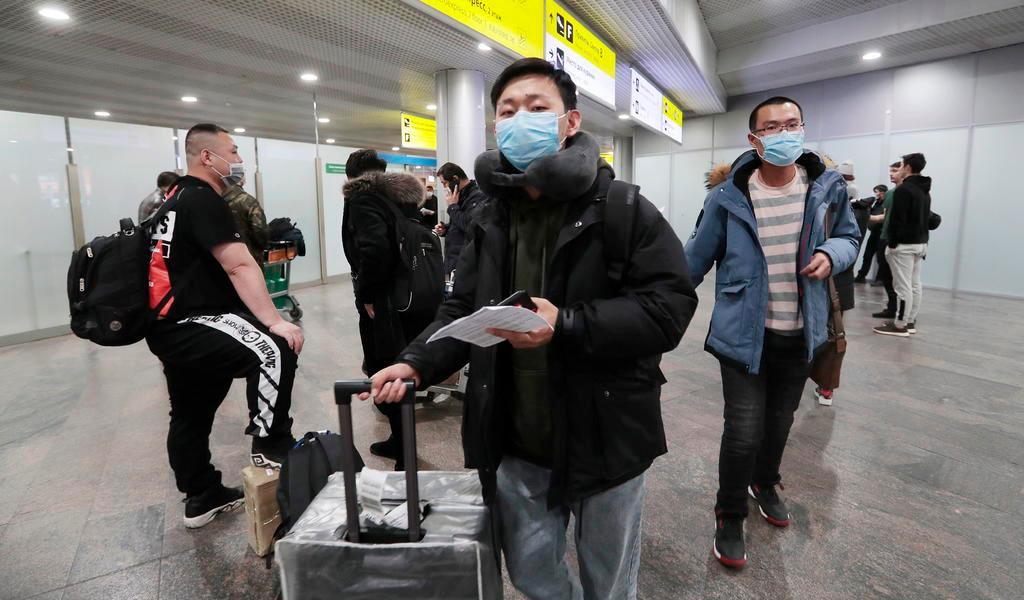 Eleva China a 2,118 la cifra de muertos por coronavirus