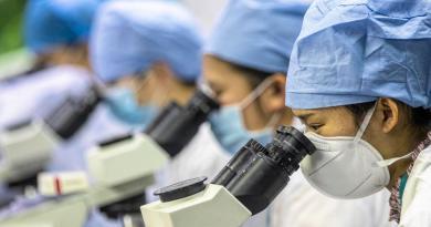 Llegada del coronavirus a las cárceles causa alerta en China