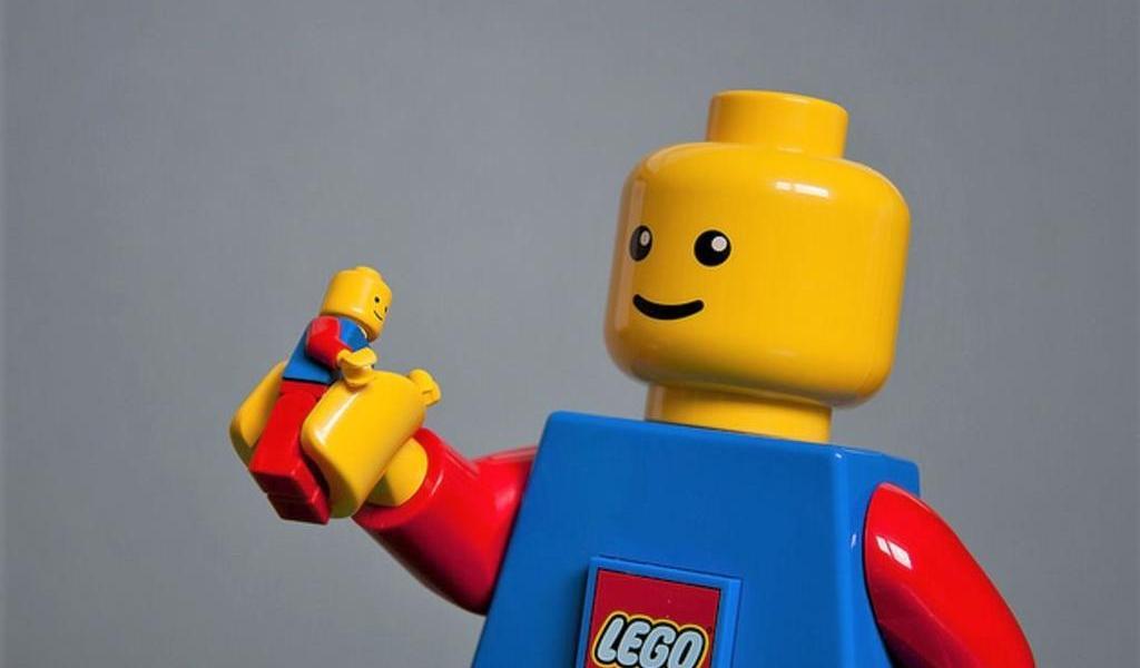 Muere en Dinamarca el inventor de la figura de Lego
