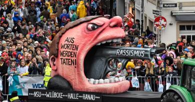 Atropello masivo durante carnaval en Alemania deja 15 heridos