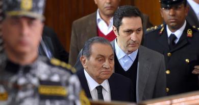 Defensores de víctimas de Mubarak lamentan impunidad