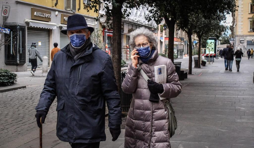 Italia registra 12 muertos y 374 contagios de coronavirus