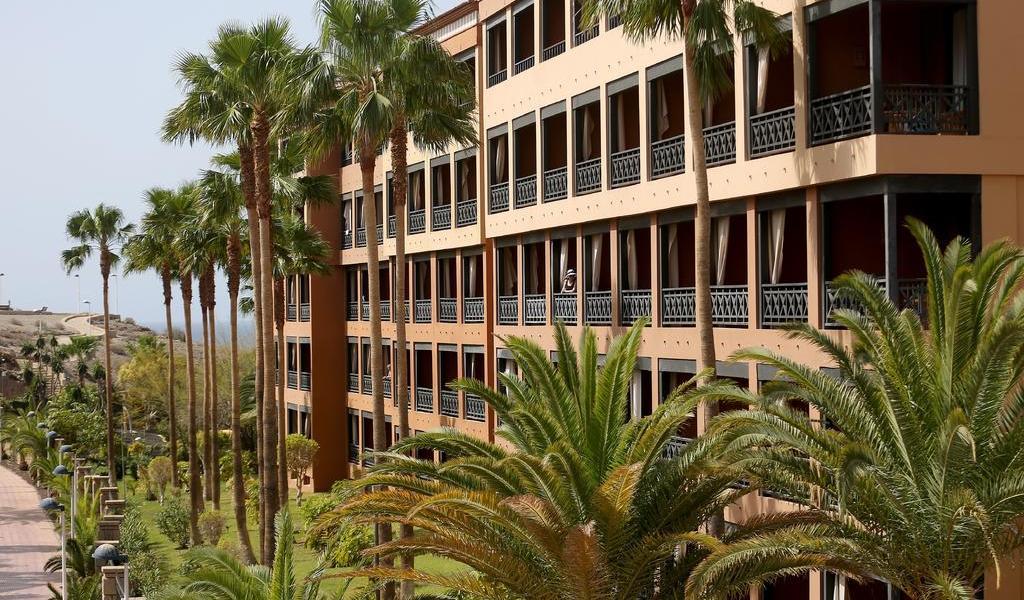 Concluirán cuarentena más de 100 turistas en hotel de España