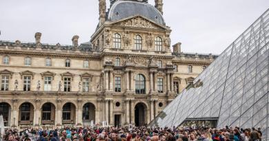 Cierra Museo del Louvre por precaución ante COVID-19