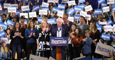 Bernie Sanders gana en California, el gran premio del Supermartes en EUA