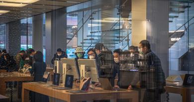 Apple da la opción a sus empleados de teletrabajar por el coronavirus