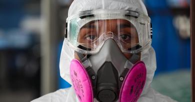 Confirma Ecuador su primera muerte por coronavirus