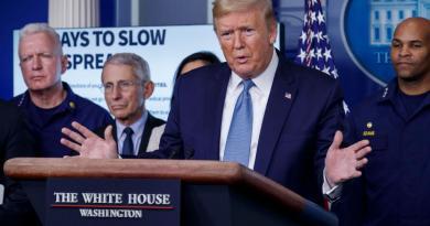 Prevé Trump que la crisis por coronavirus en EUA se prolongue hasta agosto