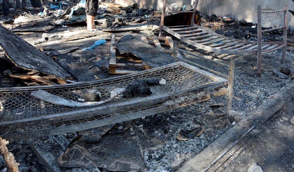 Muere en incendio niña refugiada en Grecia