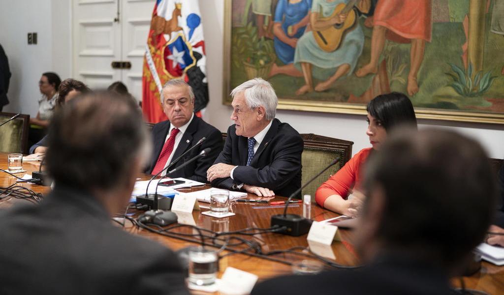 Decreta Chile estado de excepción para afrontar el coronavirus