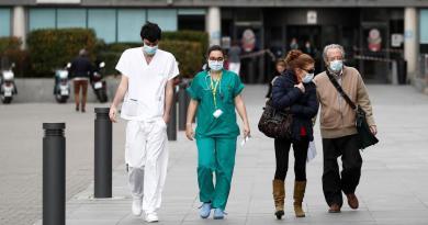 Suma España 767 víctimas mortales por coronavirus