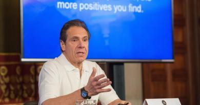 Pide gobernador de Nueva York nacionalizar empresas de equipo médico