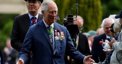 Príncipe Carlos de Inglaterra da positivo en prueba de coronavirus