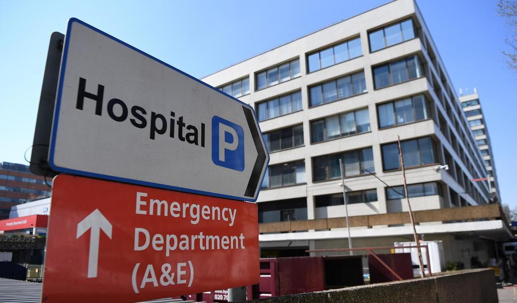 Hospitales de Londres experimentan un 'tsunami' de pacientes