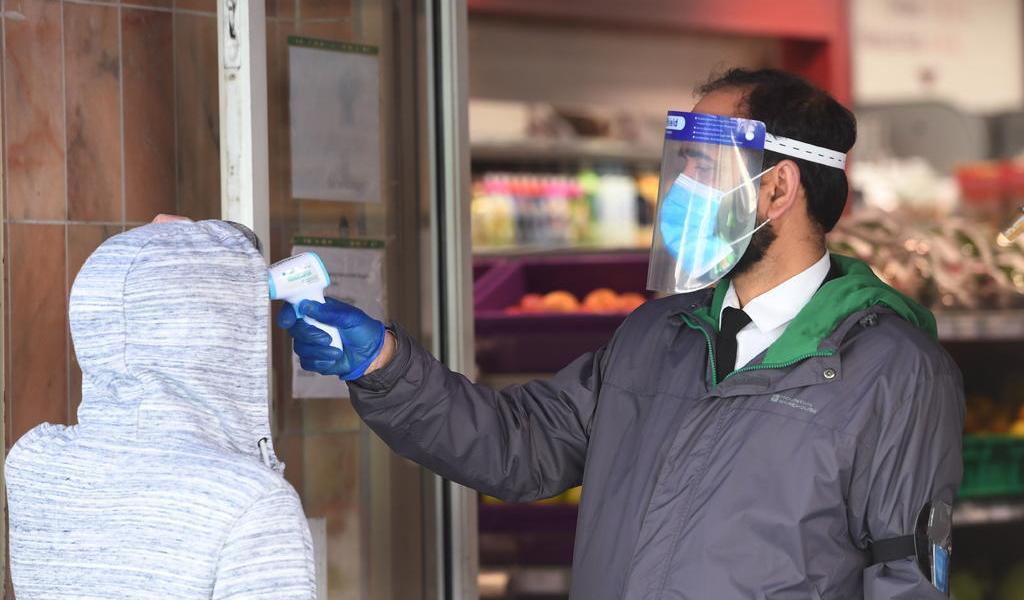 Reino Unido suma 621 nuevos muertos por COVID-19 y supera los 28,000