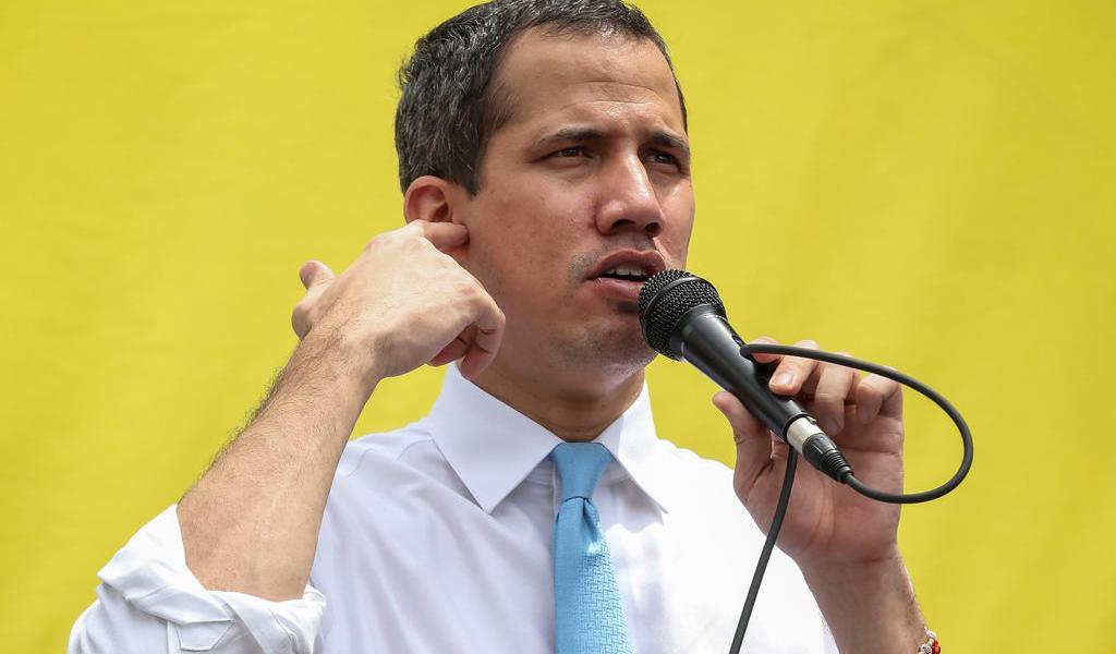 Oposición venezolana se desmarca de ataque y acusa 'montaje'