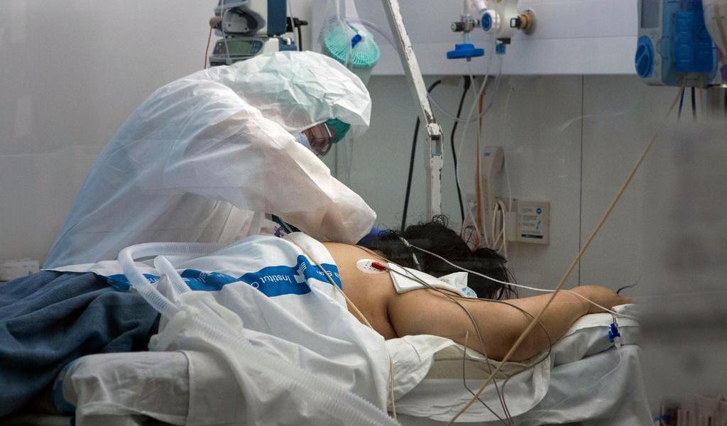 Muertes diarias por COVID-19 repuntan a 244 en España