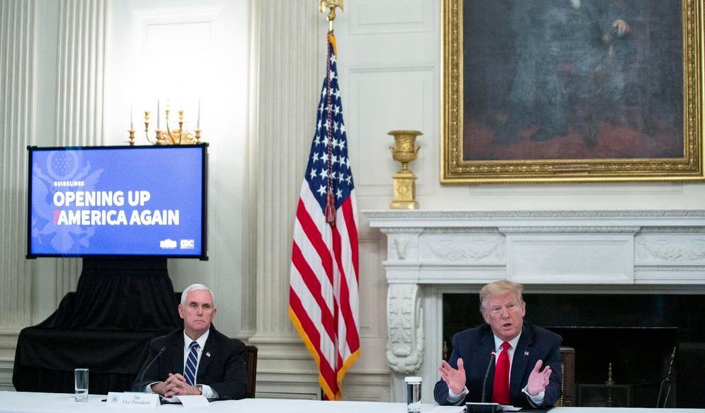 Promulga Casa Blanca nuevas medidas ante contagios de personal