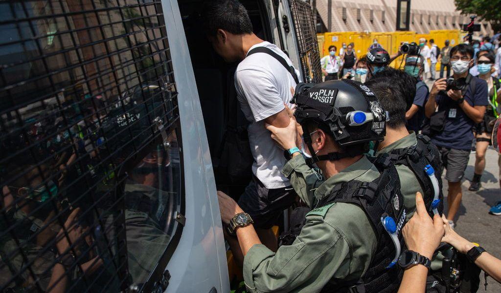 Regresa protestas a Hong Kong