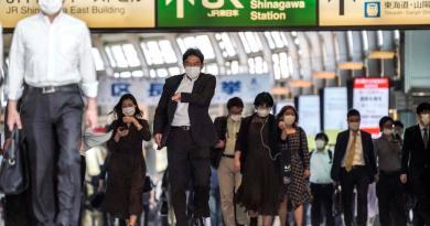 Japón levanta emergencia en 39 prefecturas pero sigue en metrópolis