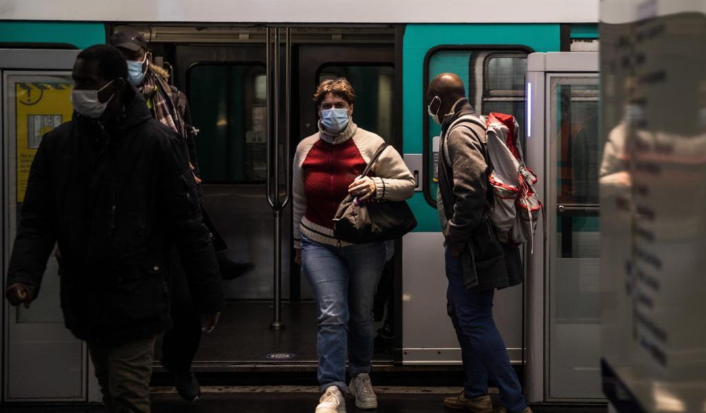 Registra Francia 351 muertes por COVID-19 en el último día