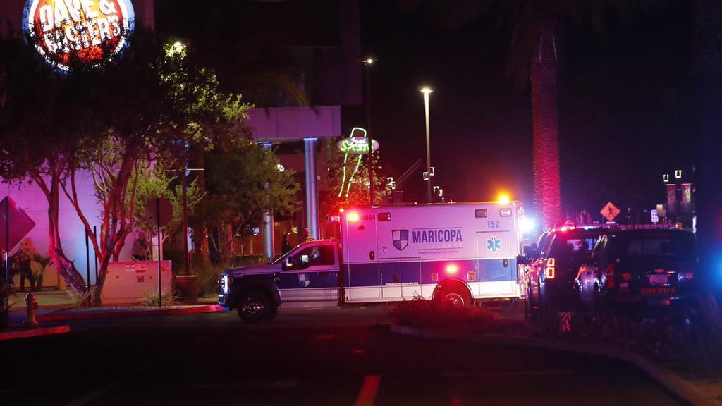 Reportan tiroteo en centro comercial de Arizona