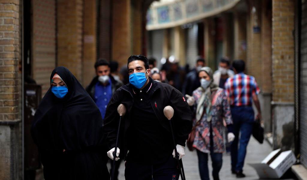 Suman más de 130 mil casos de COVID-19 en Irán