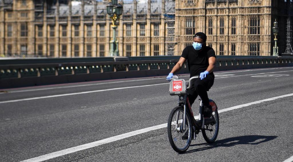 Registra Reino Unido un total de 36,914 muertes por COVID-19