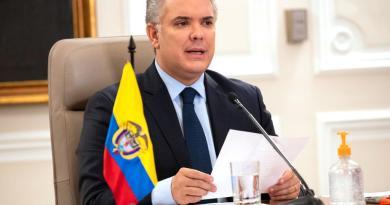 Confirman 13 casos de COVID-19 en la Presidencia de Colombia