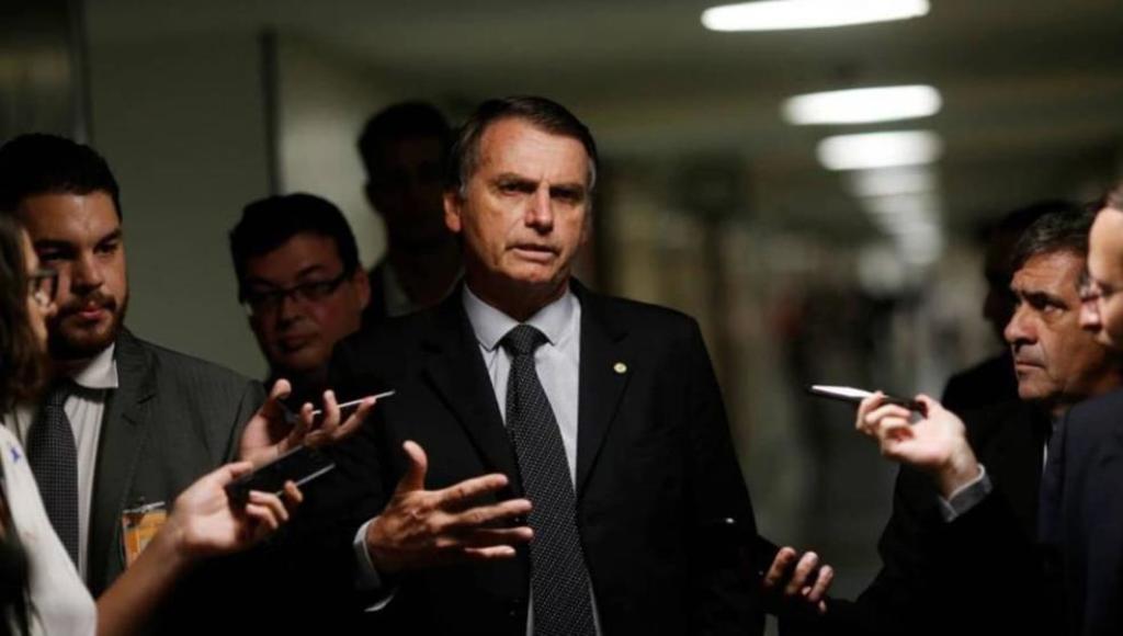 Todo apunta para una crisis: Bolsonaro
