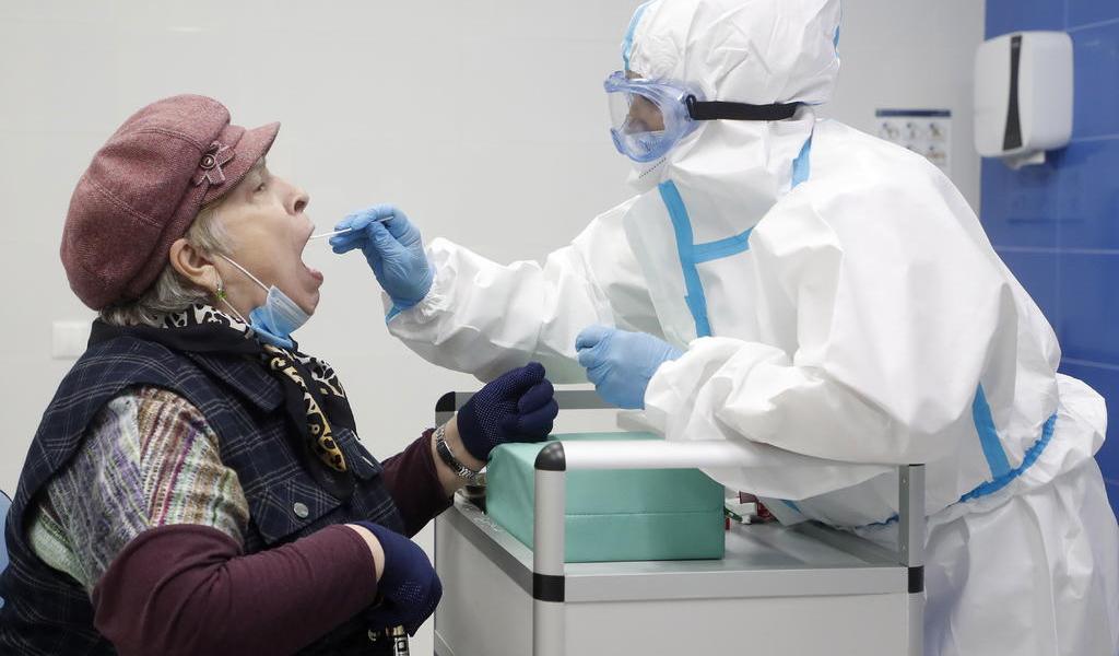 Eleva OMS a 6.28 millones los casos de COVID-19 en el mundo